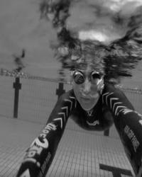 Wetsuit test - Zwembad Valkenhuizen